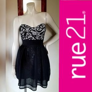 Rue 21 Unique Strapless Dress Raised Velvet Design